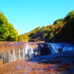 吹割の滝の紅葉2018!見ごろの時期はいつ?周辺おすすめ観光スポットも紹介!