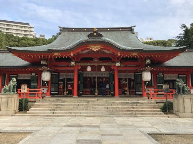 生田神社の初詣2019の期間や混雑予想は?カップル注目の縁結びおみくじも紹介!