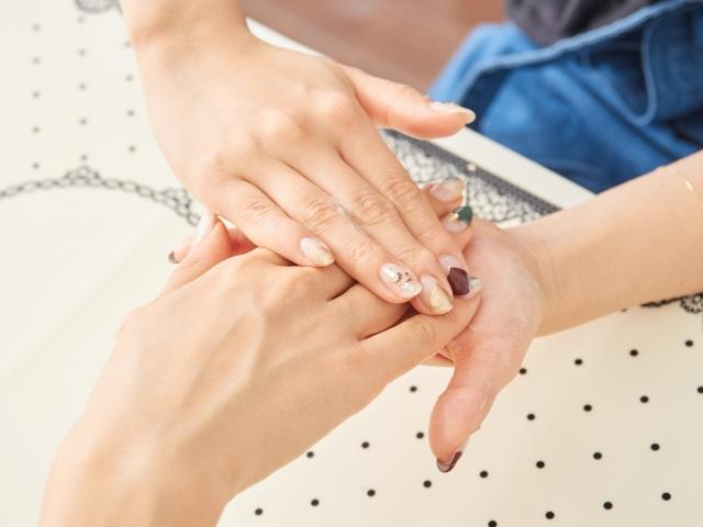 爪を早く伸ばす7つの方法とは?美しく健康に保つ秘密を伝授!